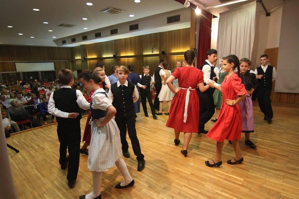 festivalul-de-dans-pentru-copii-2015
