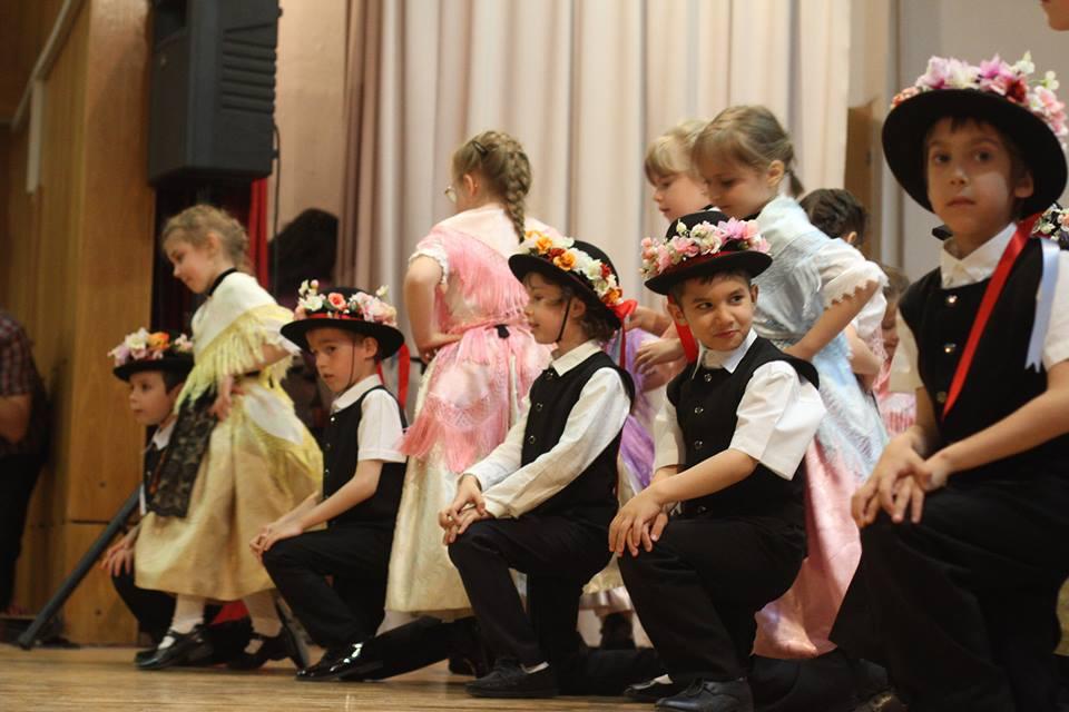 festivalul-de-dans-pentru-copii-2014